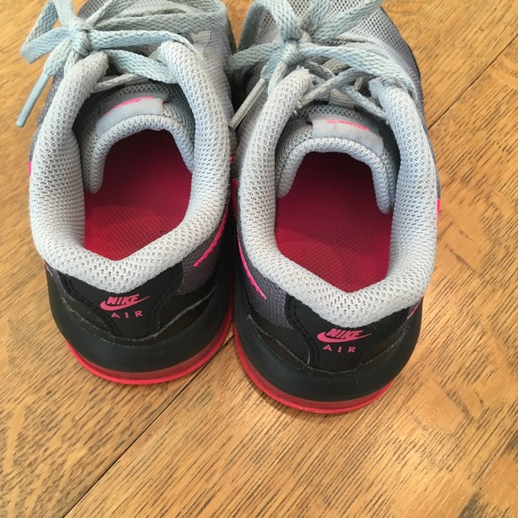 Nike Chaussures Enfant Taille 10.5 8lX4ma6f